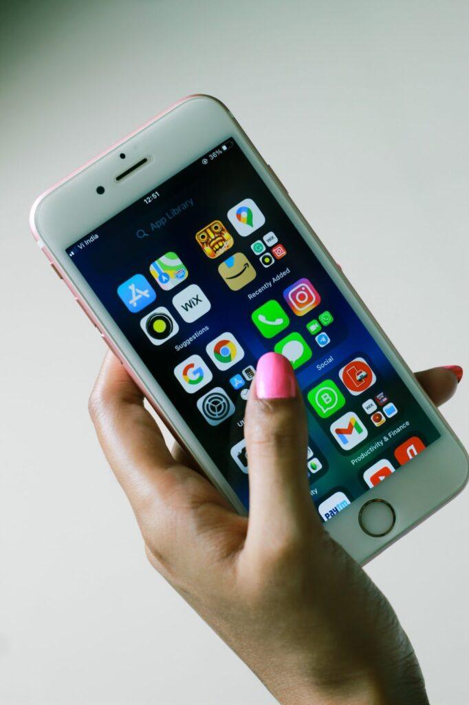Mobile Data For Social Media